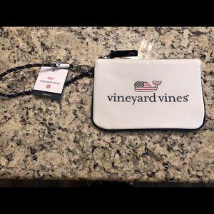 Vineyard vine wristlet